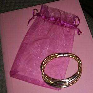 Cute gold bracelet